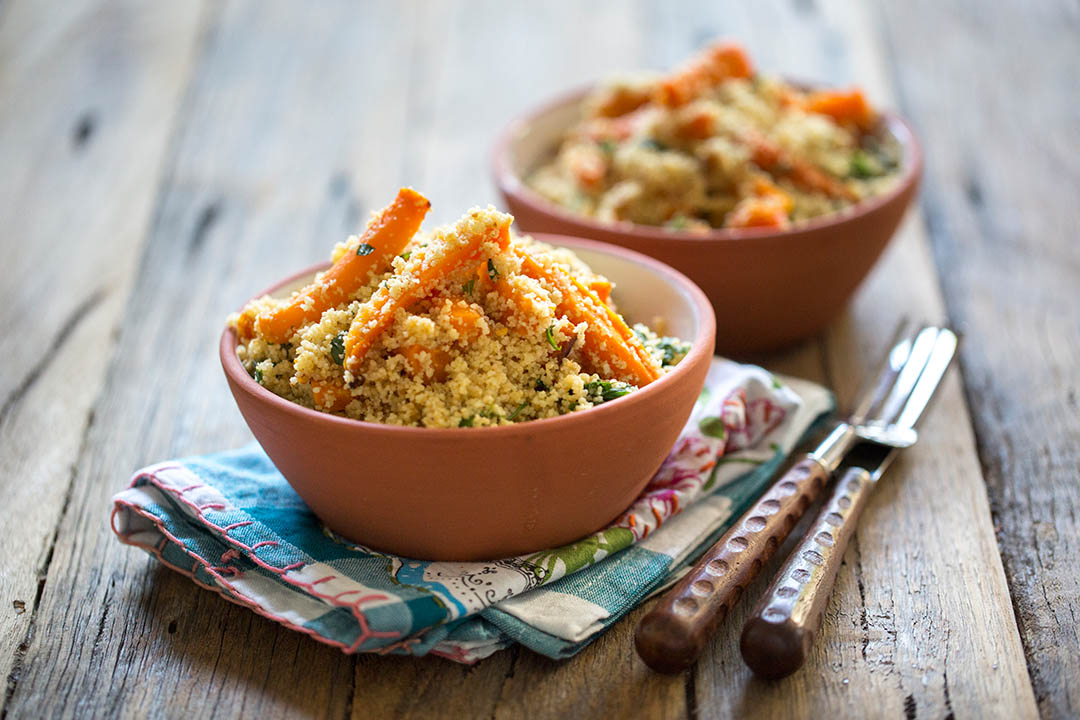 A very simple vegan and healthy recipe for Baked Carrot and Wholemeal Couscous Salad with a Mint dressing.
