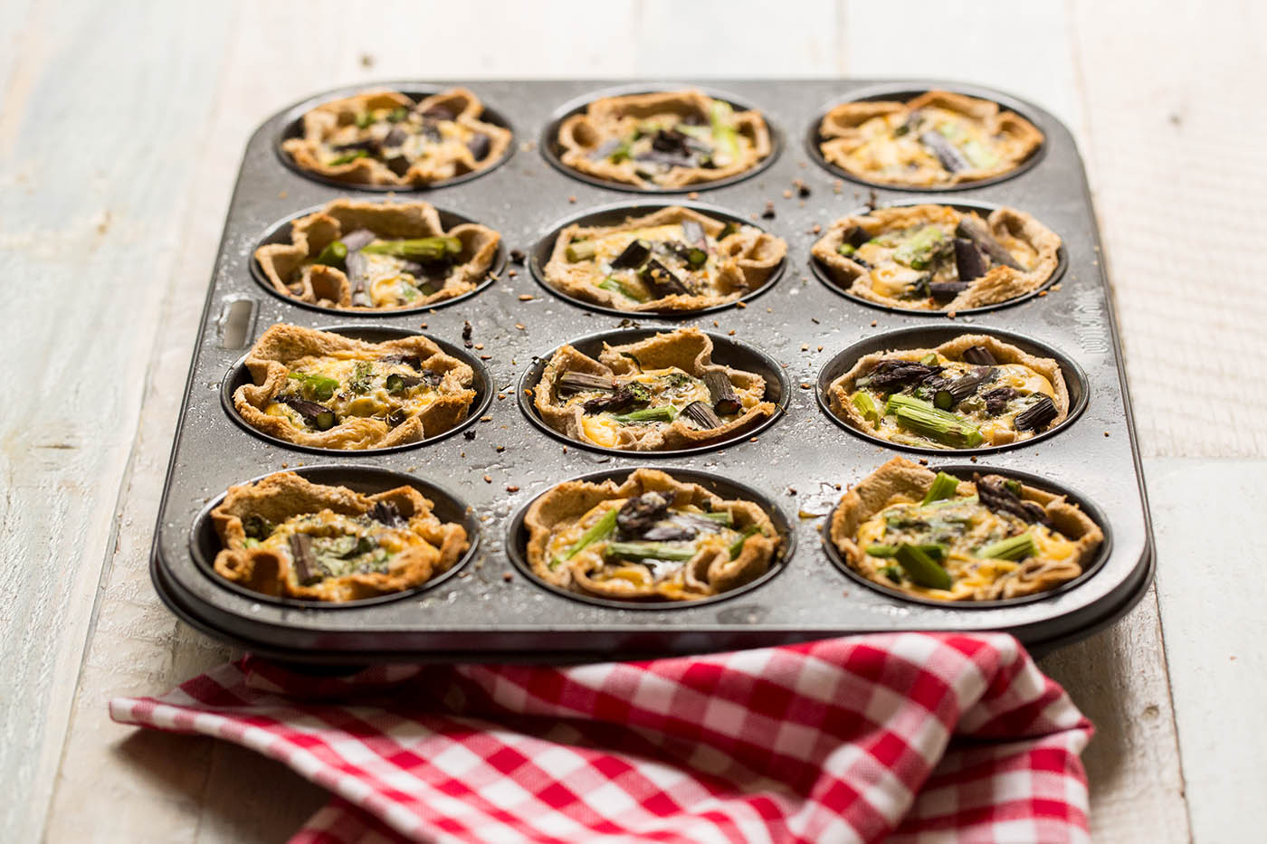 egg and bread tarts 1400