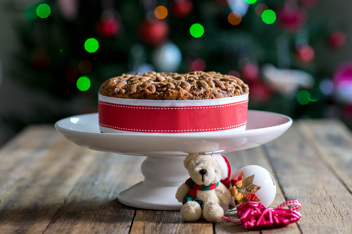 Vegan Mulled Wine Christmas Cake